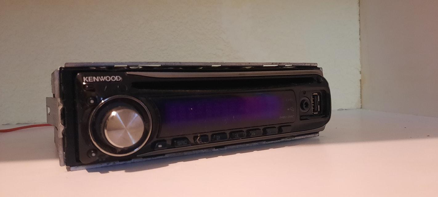 Radio Kenwood vieja escuela